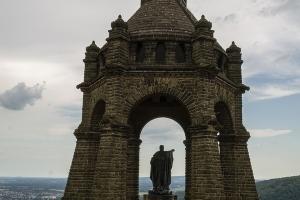Kaiser-Wilhelm-Denkmal.