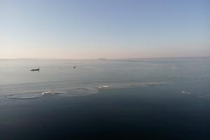 Die gefrorenen Wellen am Steinhudermeer.