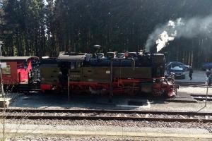 Die Dampflokomotive in der Nähe von Brocken.