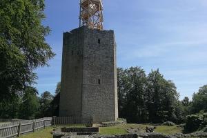 Der Aussichtsturm auf Burg Lichtenberg
