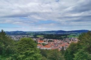 Tag 2 – Füssen – Garmisch Partenkirchen - Blick aus  Kalvarienberg auf Füssen.