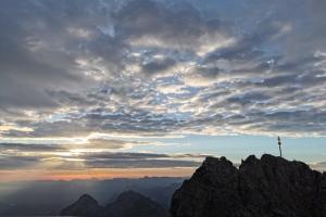 Zugspitze über Höllental - Guten Morgen Zugspitze.