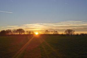 Sonnigtour - Sonne auf - Sonne unter - Sonenuntergang in der Nähe von Isernhagen