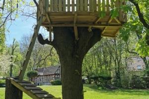 Radfahren - Wandern - Radfahren wieder zurzweit - Baumhaus