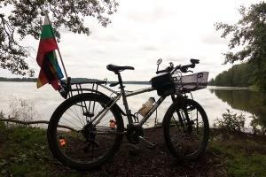 Mein Fahrrad hat eine kleine Pause ohne Gepäck am Bodomsee