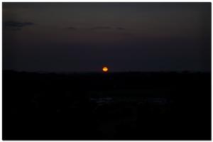 Sonnenuntergang neben meinem Campingplatz in Travemünde.