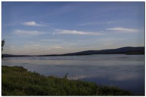 Am Fluß vor Ylitornio.